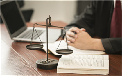 律师费什么时候支付给律师