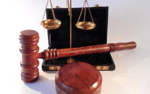 离婚起诉不肯开庭