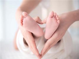 孩子未满两周岁,离婚孩子怎么判