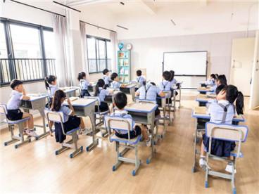 小朋友在幼儿园被打学校要承担责任吗