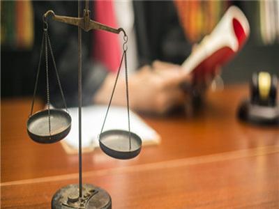 发生职场性骚扰企业要承担哪些法律责任