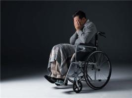 发生交通事故残疾人负全责怎么赔