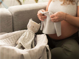 5个月的孕妇离婚可以引产吗