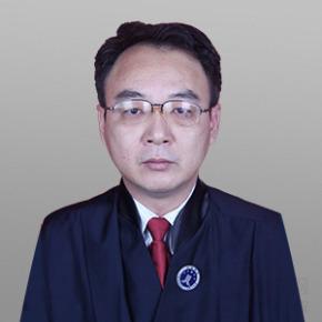 龙炳言律师