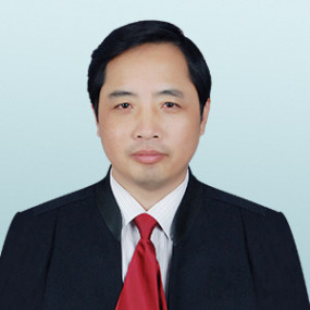 于都县黄咸辉律师