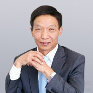 兰丰战律师