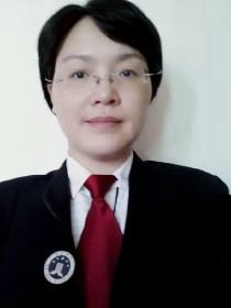 龙玉霏律师